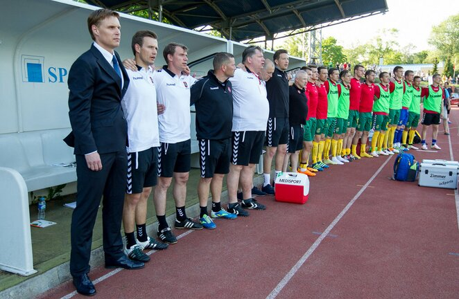 Edgaras Jankauskas su komanda | Sauliaus Čirbos/LFF.lt nuotr.